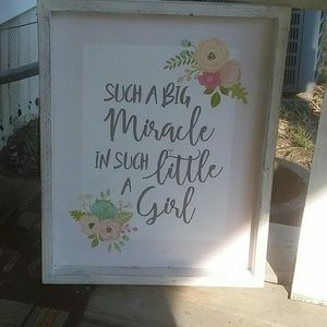 Country chic wooden frame